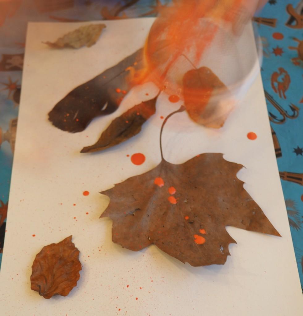 bladeren spatten